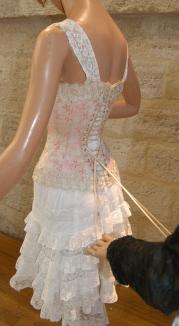 Laçage du corset