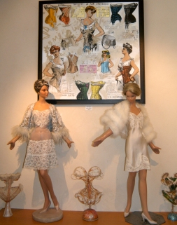 Mannequins 50' Stockman
