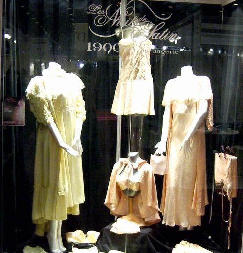 Salon-Lingerie-2003