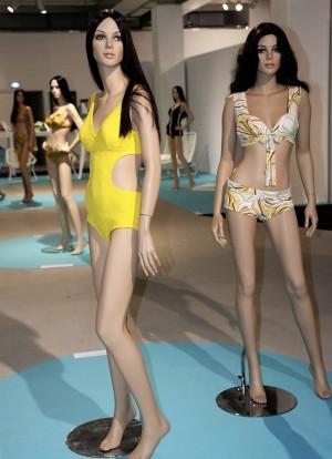 27 Bikini OSS 117 Nuits de Satin