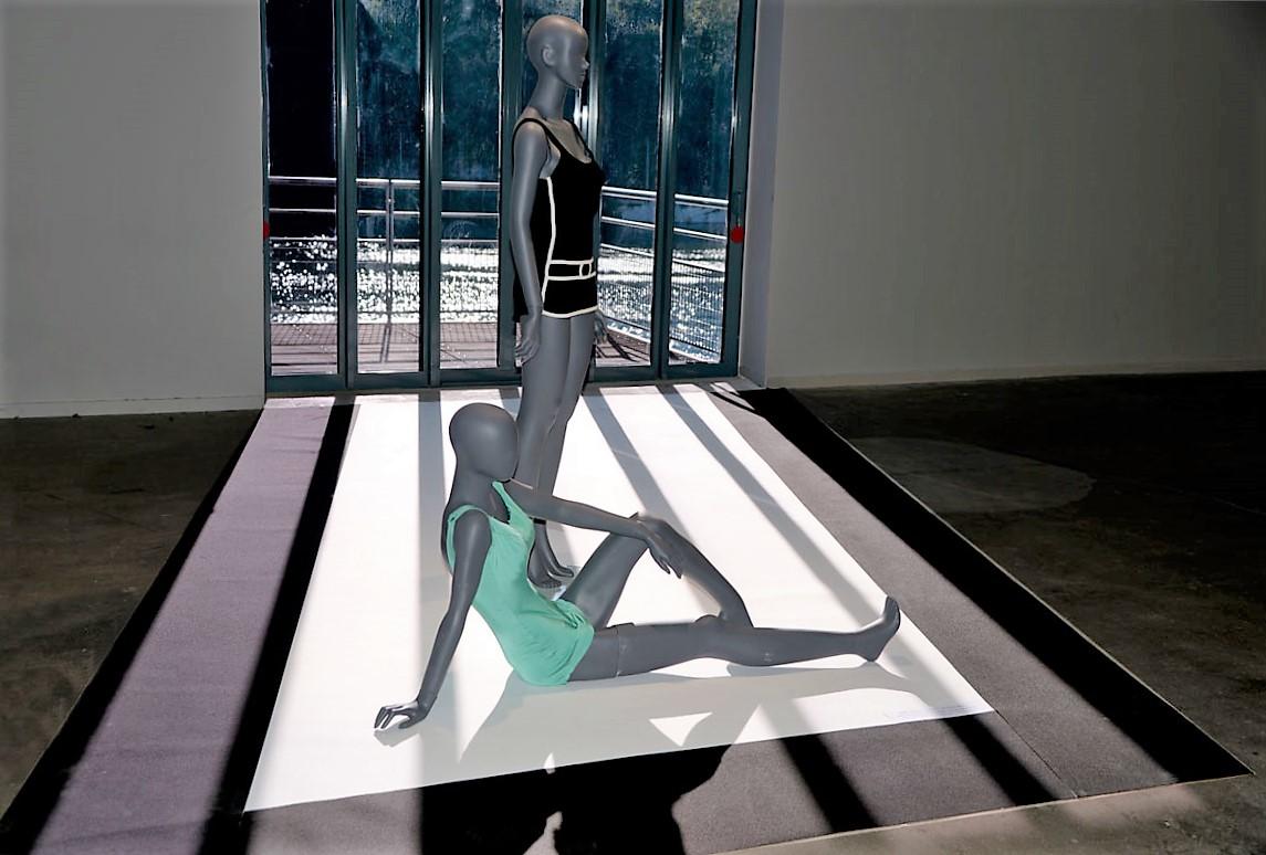 36 Maillot Dior et Oleg Cassini Nuits de Satin