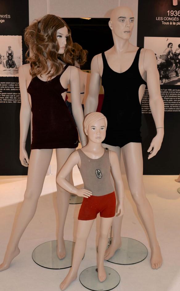 exposition-bikini-nuits-de-satin-1936-les-conges-payes-w-pa-2