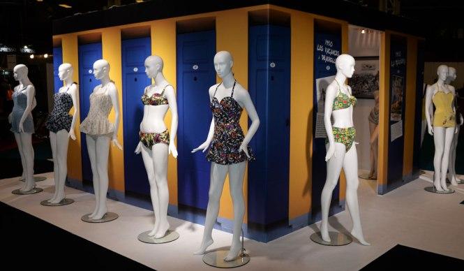 exposition-bikini-nuits-de-satin-1950-vacances-a-deauville-1