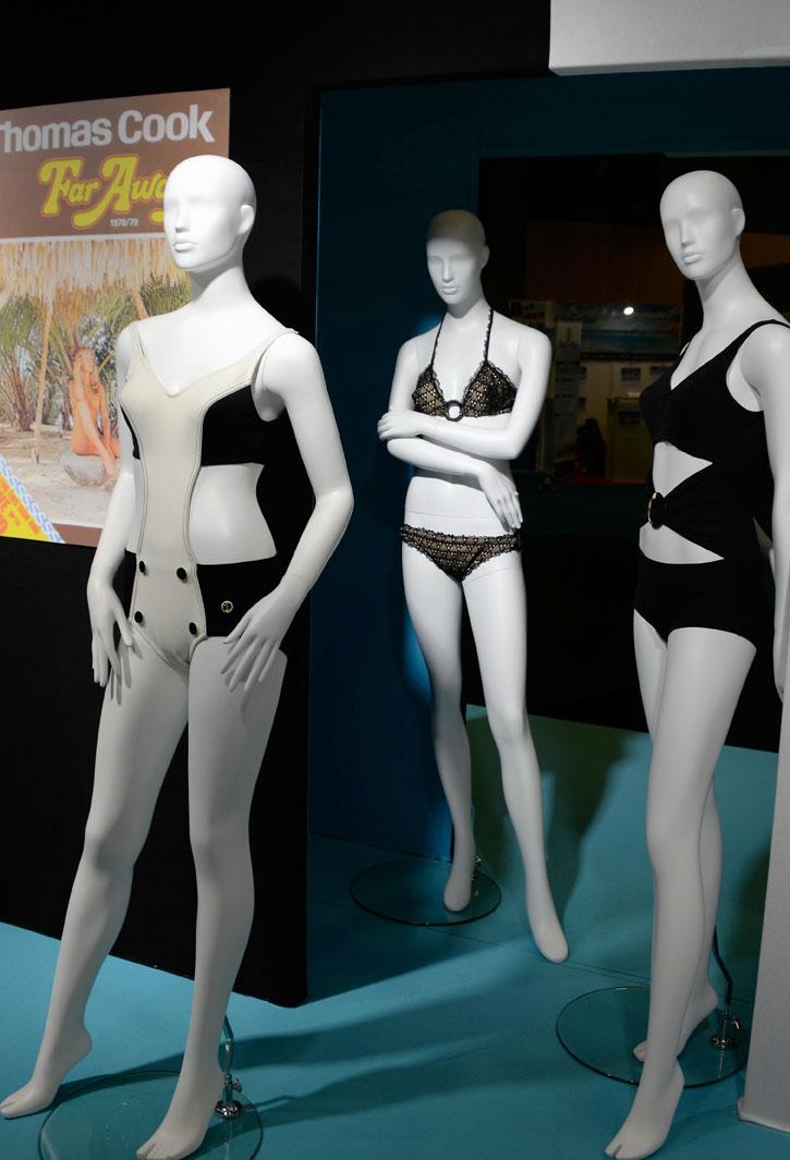 exposition-bikini-nuits-de-satin-vacances-de-star-wthomas