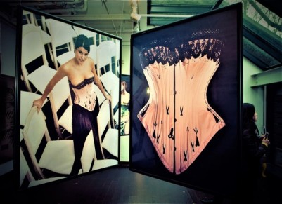 48-nuits-de-satin-shanghai-corset