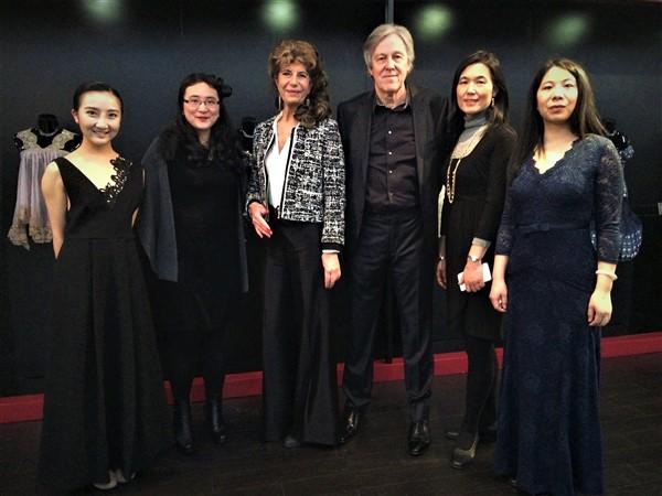 Ghislaine Rayer Nuits de Satin Shanghai lingerie corset