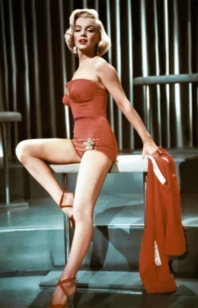 PIN-UP Marilyn Monroe maillot de bain swimsuit 1950 Comment épouser un milliardaire