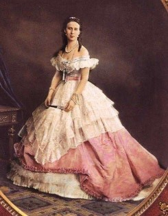 Princesse Romanov crinoline