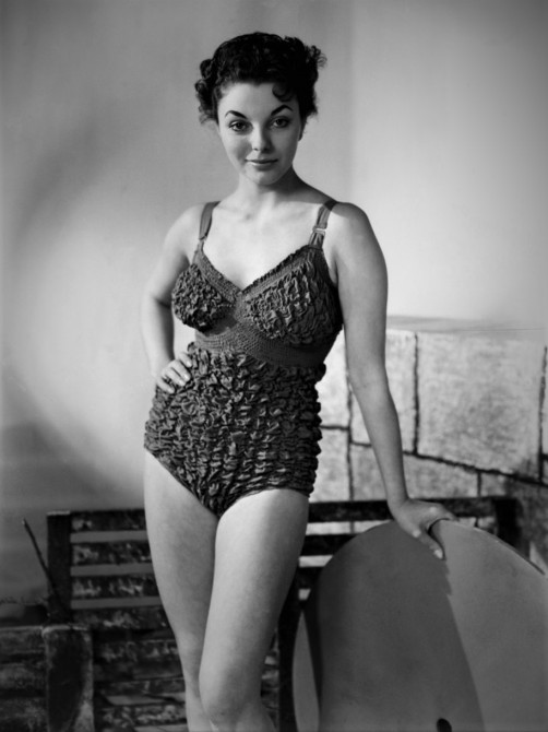 Joan Collins_swimsuit Peter-Pan