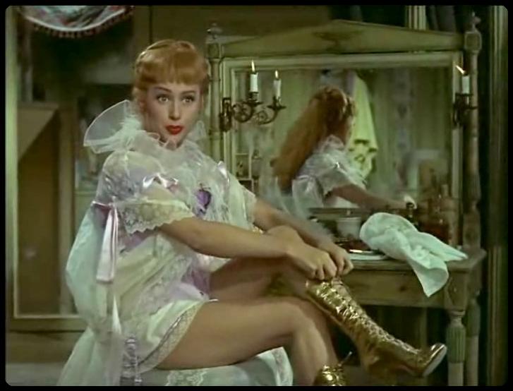 Martine Carol dans le film NANA en 1955-