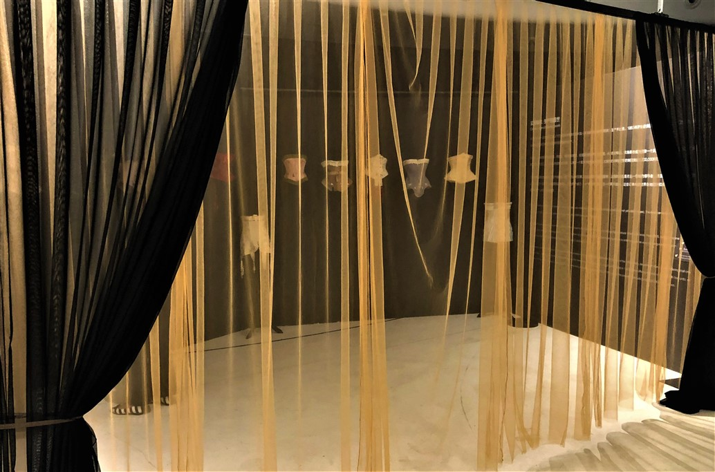 12 Historical lingerie Exposition Chongquing