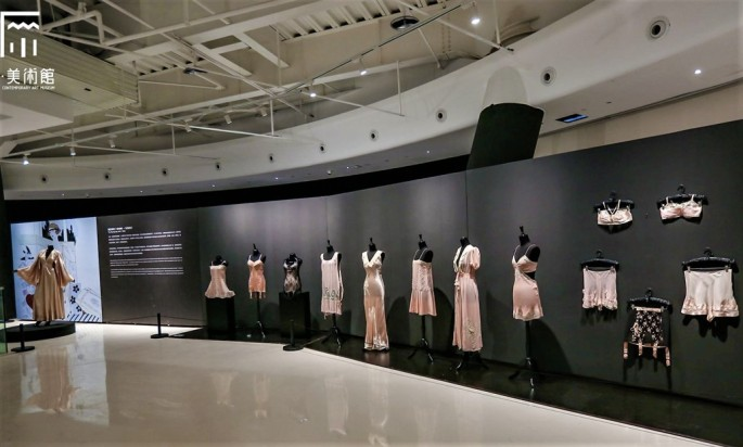 22 Historical lingerie Exposition Chongquing