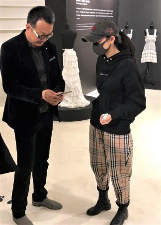 Visiteurs Exposition Corsets Chongquinq 4